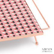 tray-square-small-pink-3