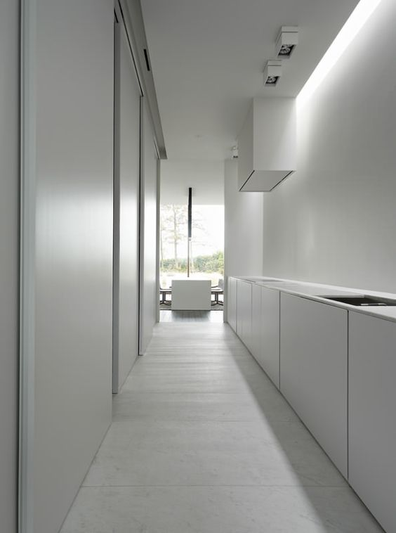 Interni casa moderna idee e consigli per arredare la tua for Casa moderna total white