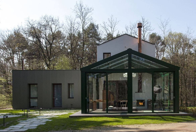 Casa con giardino d'inverno